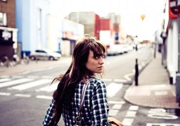 solo-female-traveler.jpg