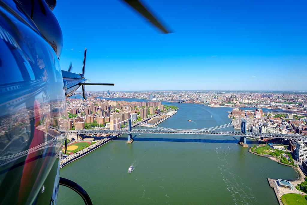 nyc-helicopter-manhattan-xl.jpg