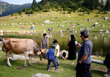 2016-08-21t081446z_1_lynxnpec7k091_rtroptp_3_bosnia-arabs-investment.jpg