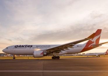qantas-a330-200-sunrise.jpg
