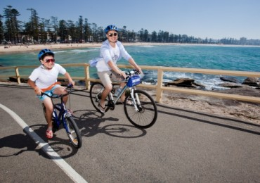 chinese-tourists-sydney-cycling.jpg