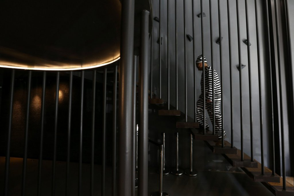 Thailand: Prison-themed hotel in Bangkok offers 'life behind bars'