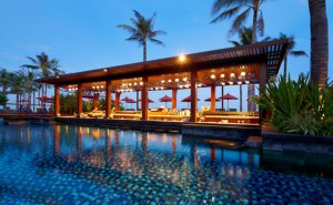 pool-bar-300x185.jpg