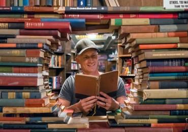 best-travel-books-blog.jpg