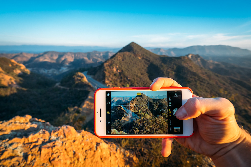 Smartphone Travel Cameras