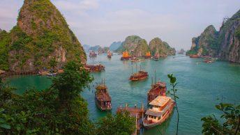 halong vietnam boats islands