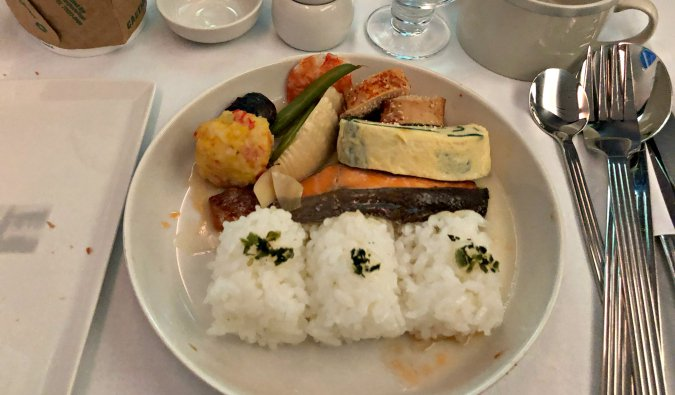 breakfast onboard the Dreamliner