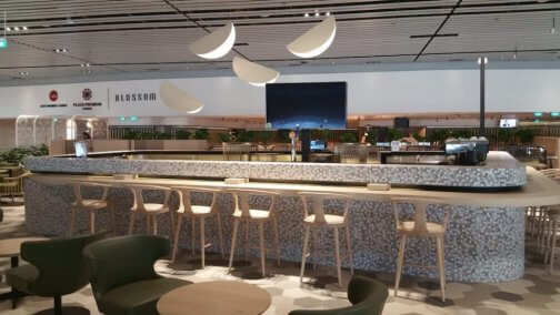 changi-airport-blossom-lounge-bar-504x284.jpg