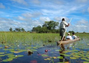 okavango-delta-botswana-mokoro-photo-by-trafalgar-e1534955291127.jpg