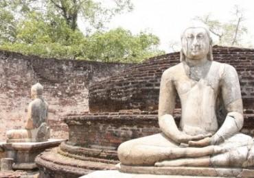 polonnaruwa-ruins-sri-lanka_by-kathleen-poon-504x284.jpg