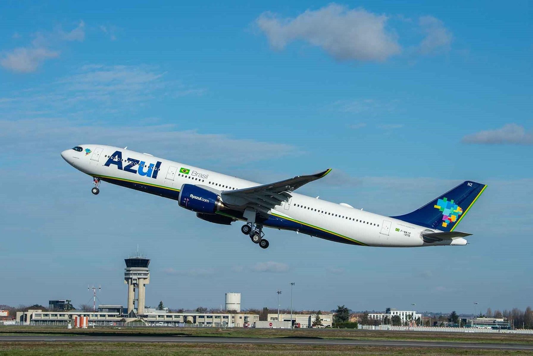 A330-900 MSN1876 Azul - take off