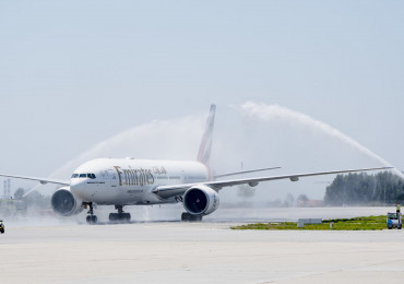 PRT- 02JUL2019 •Emirates' Boeing 777-300ER is welcomed with a water cannon salute after touchdown at Porto Airport today for the airline's newest service launch.  Photo by Rui Coutinho